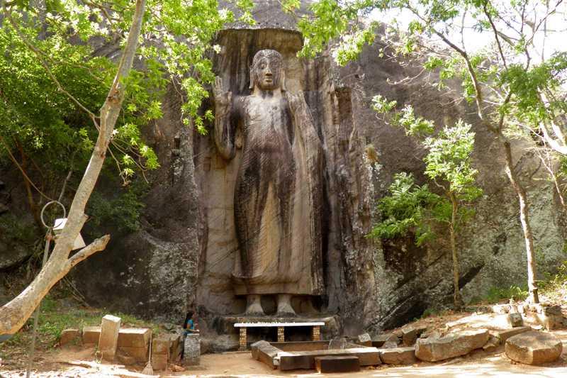 Rasvehera Buddha Statue